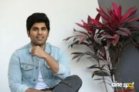 Okka Kshanam Hero Allu Sirish Interview Photos (12)