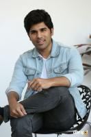 Okka Kshanam Hero Allu Sirish Interview Photos (16)