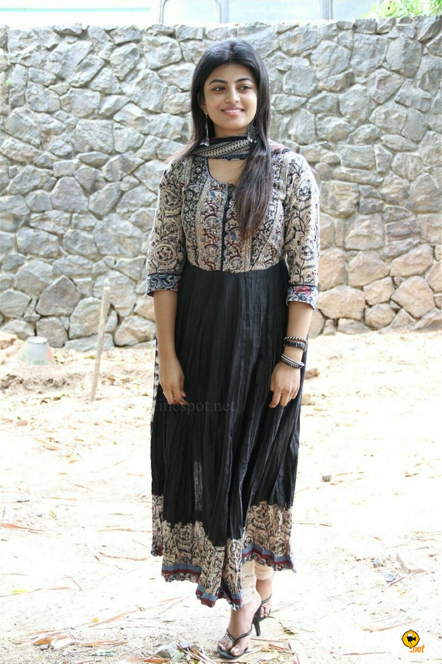 Anandhi at Mannar Vagera Audio Launch (12)