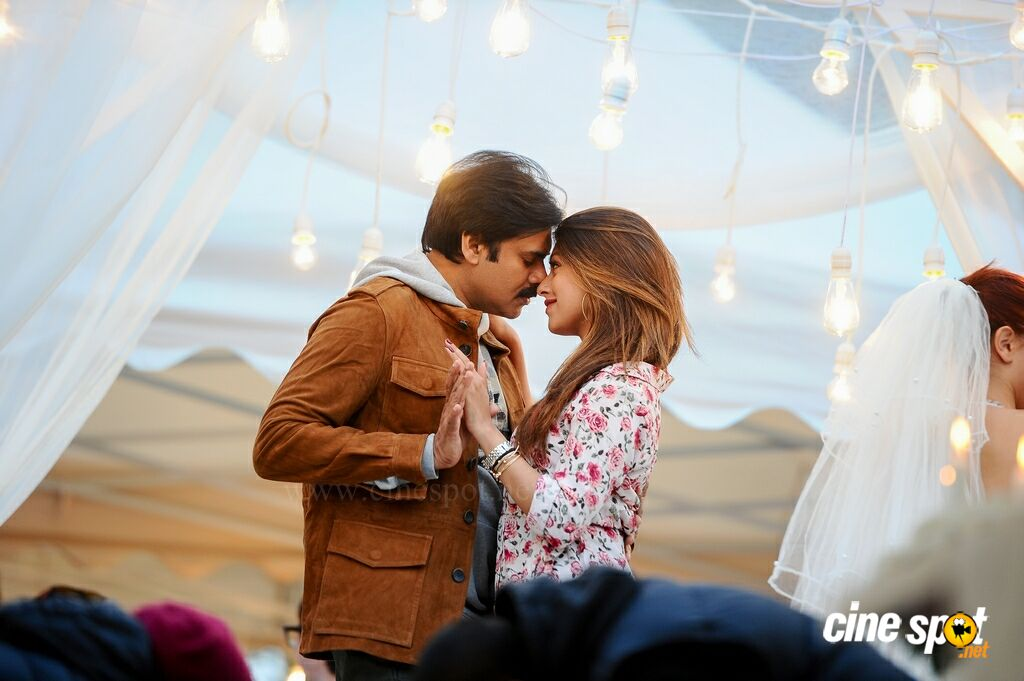 Agnyaathavaasi New Images (5)