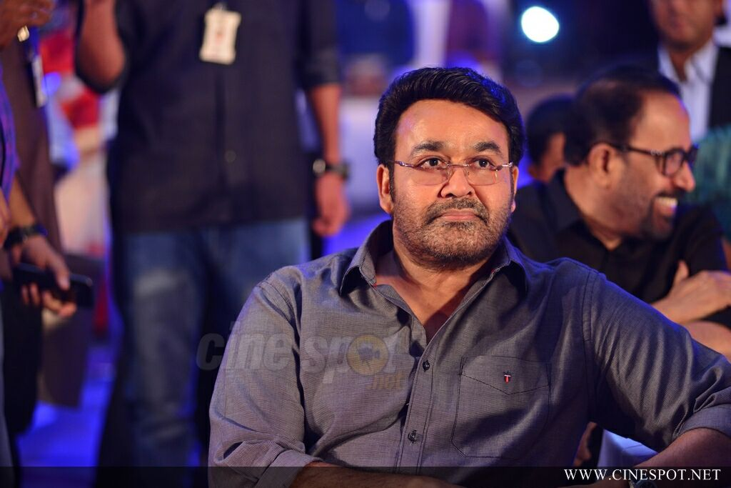 Mohanlal at Manorama News Maker Event (4)