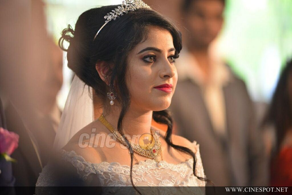 Aima Rosmy Sebastian Wedding Photos (76)