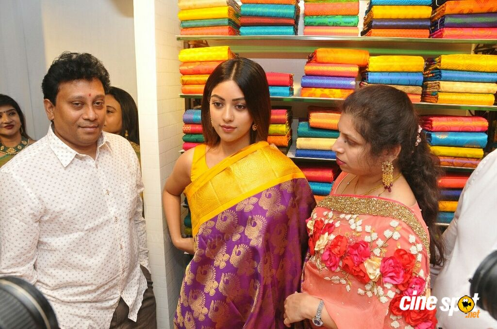 KLM Fashion Mall Launch At Dilsukhnagar (31)