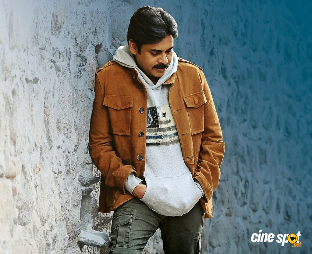 Agnyaathavaasi Film Latest Photos (6)