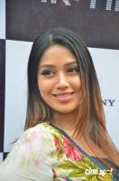Actress Nivetha Pethuraj Photos (8)