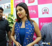 Anu Emmanuel Launches B New Mobile Store At Bapatla (11)