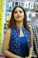 Anu Emmanuel Launches B New Mobile Store At Bapatla (17)