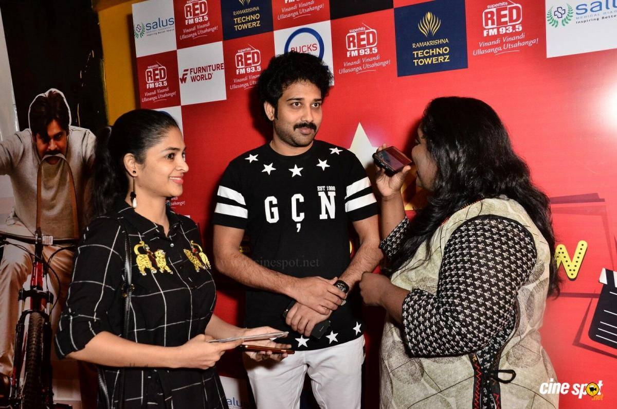 Red FM Red Carpet Show Agnyaathavaasi at PVR (40)