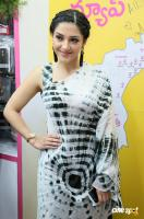 Mehreen Pirzada at B New Mobile Store Launch (1)