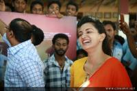 Oru Adaar Love Movie Pooja (80)