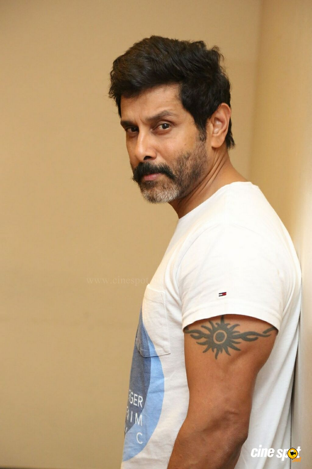 Vikram at Sketch Press Meet (11)