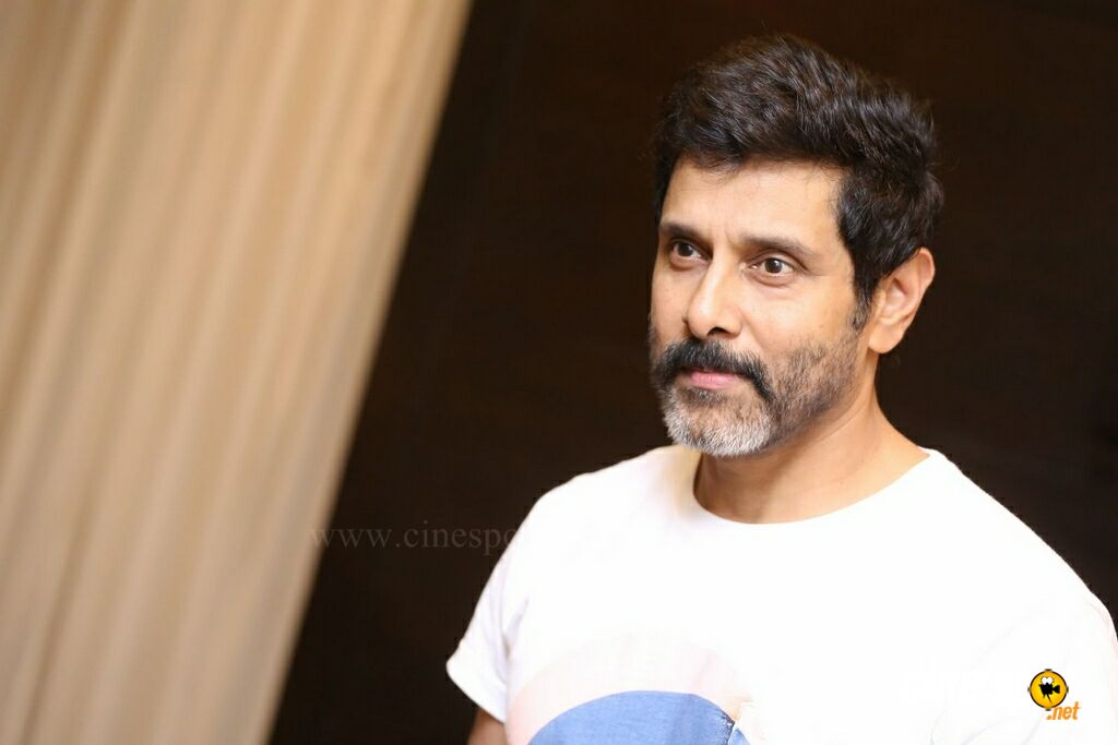 Vikram at Sketch Press Meet (46)