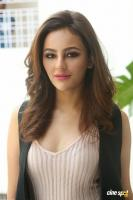 Seerat Kapoor Latest Images (27)