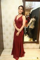 Raashi Khanna at Manepally Forevermark Jewellery Launch (17)