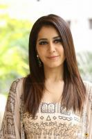 Toli Prema Heroine Raashi Khanna Interview Photos (38)