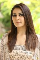 Toli Prema Heroine Raashi Khanna Interview Photos (47)
