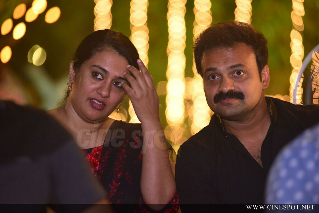Sibi Malayil Daughter Engagement Pics (25)
