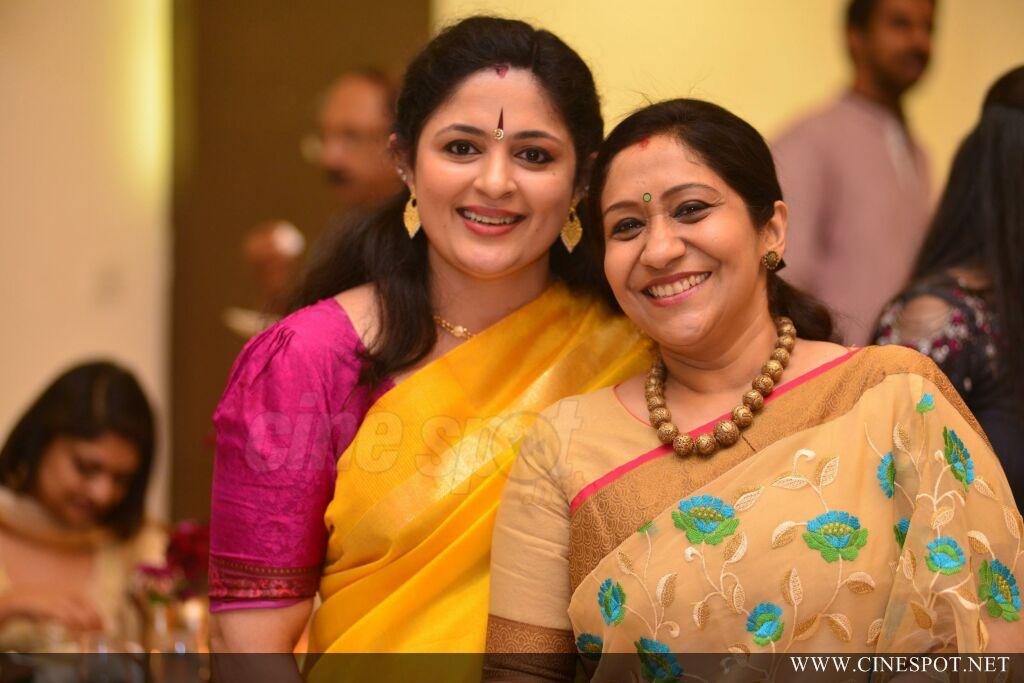 Sibi Malayil Daughter Engagement Pics (54)