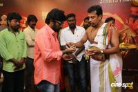 Thimiru Pudichavan Movie Pooja (11)