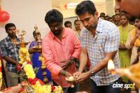 Thimiru Pudichavan Movie Pooja (17)