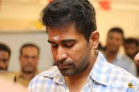 Thimiru Pudichavan Movie Pooja (18)