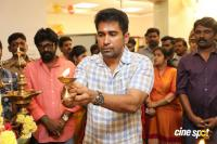 Thimiru Pudichavan Movie Pooja (24)