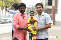 Thimiru Pudichavan Movie Pooja (27)