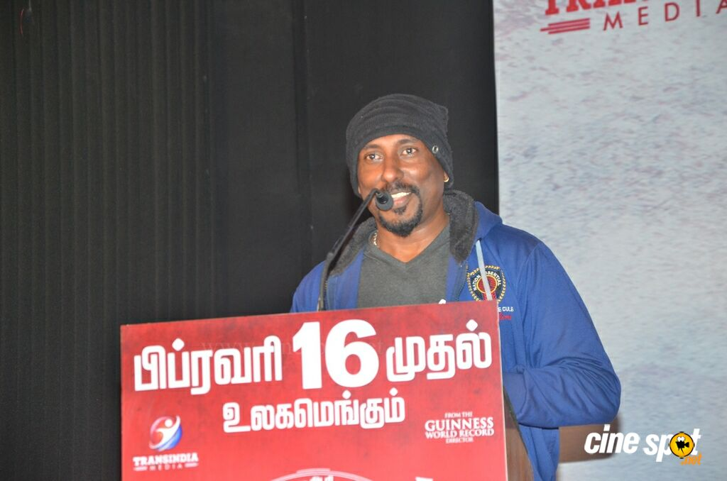 Nagesh Thiraiyarangam Press Meet (17)