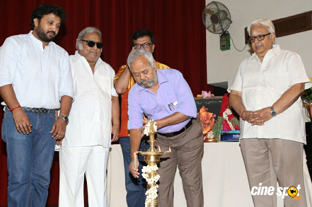 Goko Mako Movie Pooja (27)