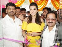 Catherine Tresa Launches B New Mobile Store At Kadapa (2)
