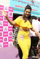 Catherine Tresa Launches B New Mobile Store At Kadapa (27)