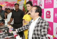 Catherine Tresa Launches B New Mobile Store At Kadapa (32)