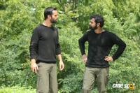 Aadhi Movie On Location (7)
