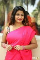 Geethanjali at Seelavathi Teaser Launch (28)