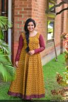 Anu Sithara at Oru Kuttanadan Blog Movie Pooja (5)