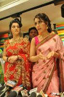 Raashi & Mehrene Launches KLM Fashion Mall (11)