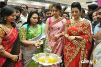 Raashi & Mehrene Launches KLM Fashion Mall (2)