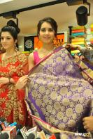 Raashi & Mehrene Launches KLM Fashion Mall (22)