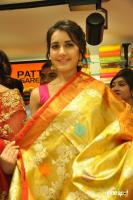 Raashi & Mehrene Launches KLM Fashion Mall (24)