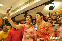 Raashi & Mehrene Launches KLM Fashion Mall (35)
