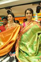 Raashi & Mehrene Launches KLM Fashion Mall (8)