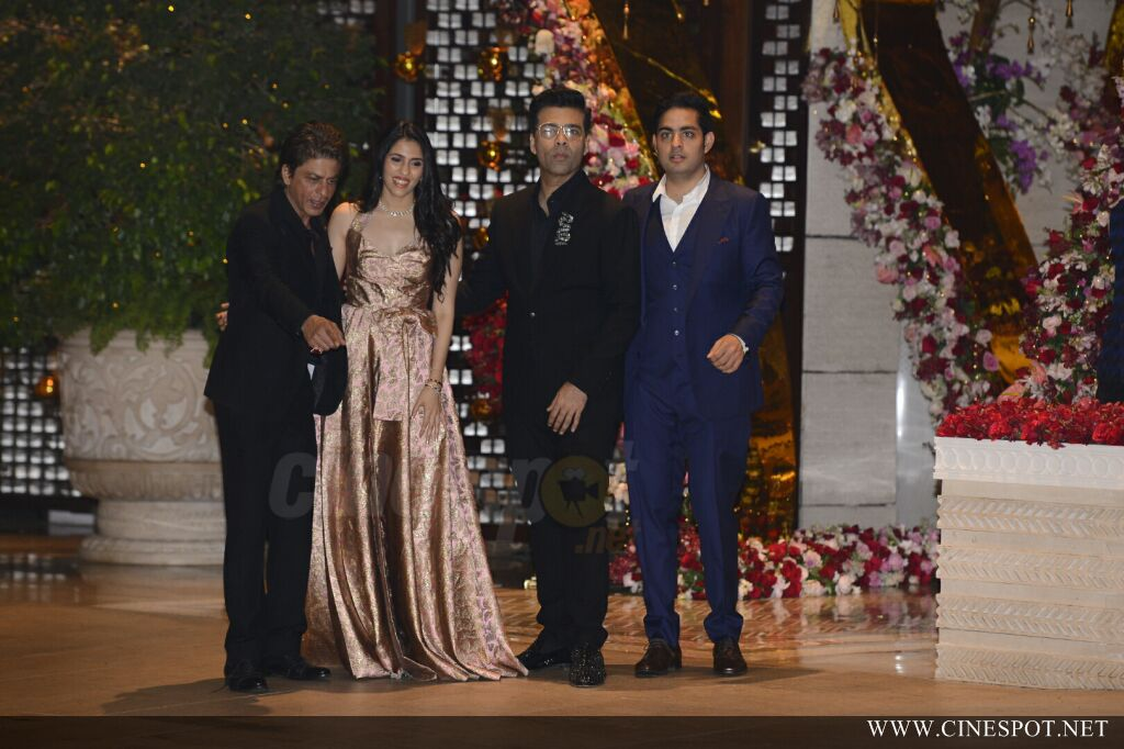 Mukesh ambani son Akash Ambani Engagement (8)