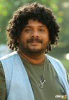 Hareesh Kanaran in Chanakya Thanthram (5)