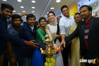 Tamannaah Launches Kurnool Happi Mobiles Stores (24)