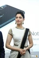 Tamannaah Launches Kurnool Happi Mobiles Stores (9)