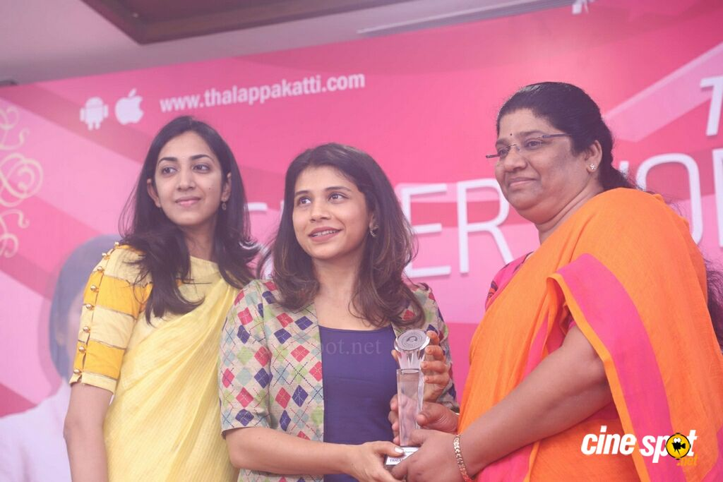 Thalappakatti Superwoman 2018 Awards (24)