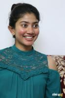 Kanam Heroine Sai Pallavi Interview Photos (1)