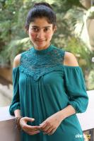 Kanam Heroine Sai Pallavi Interview Photos (13)