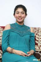 Kanam Heroine Sai Pallavi Interview Photos (3)