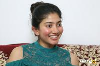 Kanam Heroine Sai Pallavi Interview Photos (6)